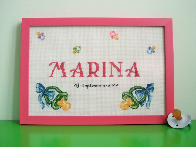 Cuadro de 20 x 30 cm, rosa oscuro. Precio: 50 €.